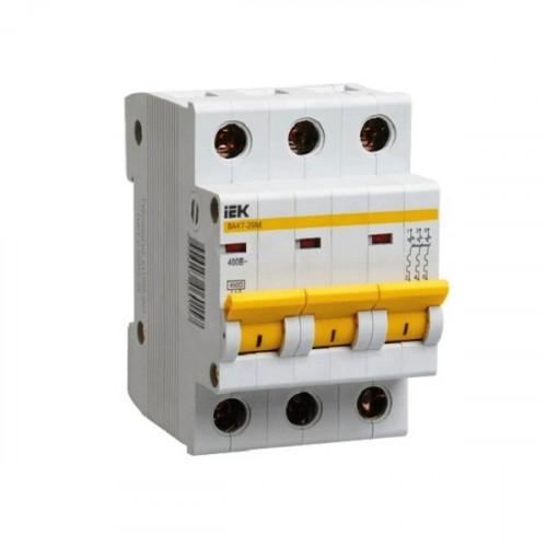 Выключатель автоматический трехполюсный IEK 3-P 20A