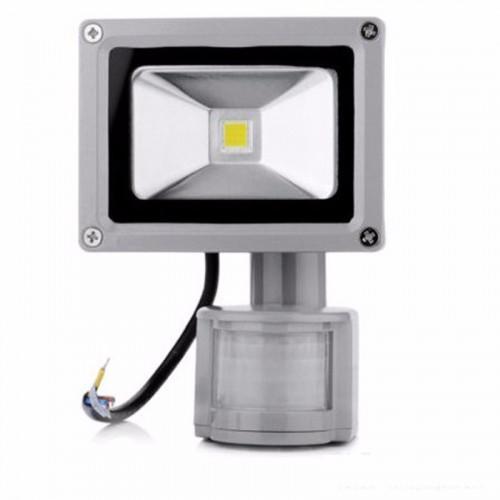 Светодиодный прожектор с датчиком движения 10W-IP65-220V